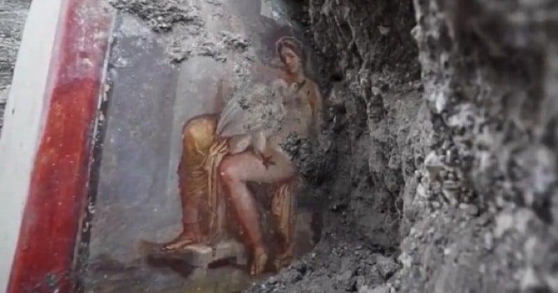 Une fresque érotique montrant les ébats de la reine Léda avec Zeus, métamorphosé en cygne, a été découverte à Pompéi