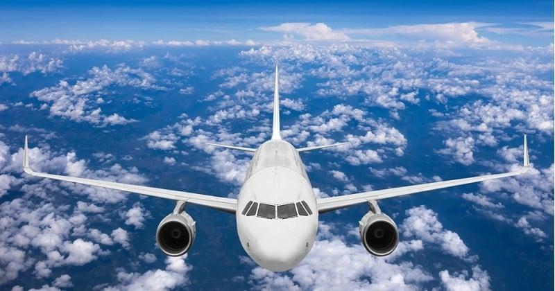Une passagère s'endort lors de son vol et se retrouve abandonnée dans l'avion !