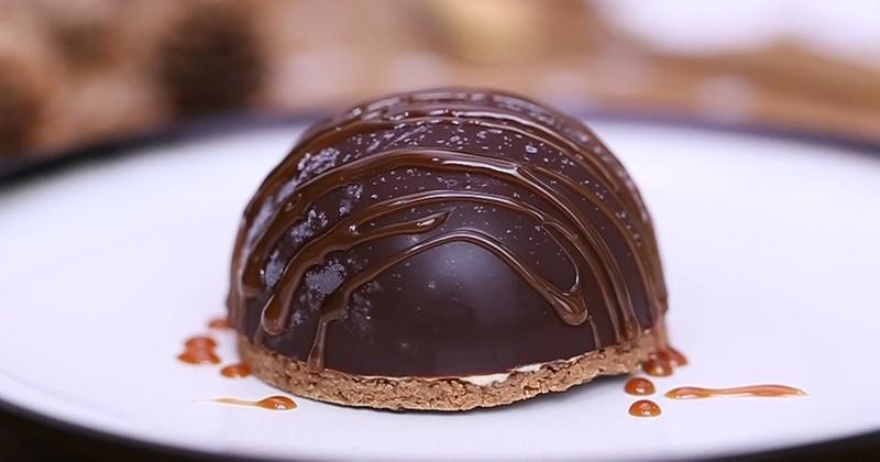 coque chocolat glacé fourrée à la vanille