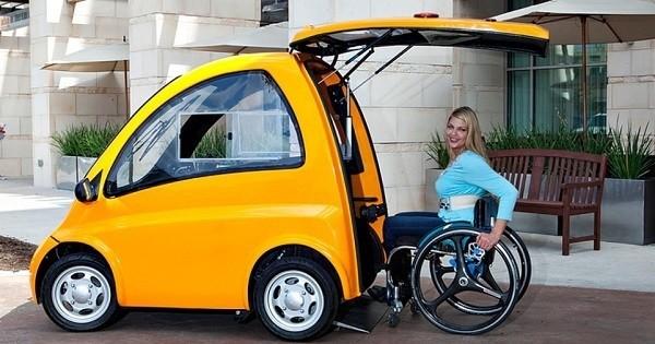 Découvrez la Kenguru, la voiture électrique spécialement conçue pour les personnes en chaise roulante !