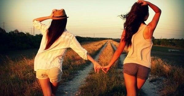 Le « coup de foudre amical » est possible ! En fait, certaines personnes sont capables de reconnaître leur meilleur(e) ami(e) dès les premières secondes de leur rencontre...