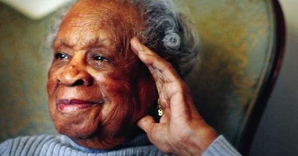 Si vous vous demandez le secret de la longévité, vous allez être surpris de la réponse de cette femme de 110 ans !