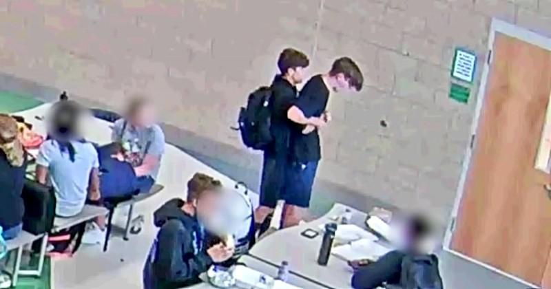 Ce lycéen a fait preuve d'un courage et d'un sang-froid extraordinaire pour sauver son ami de l'étouffement