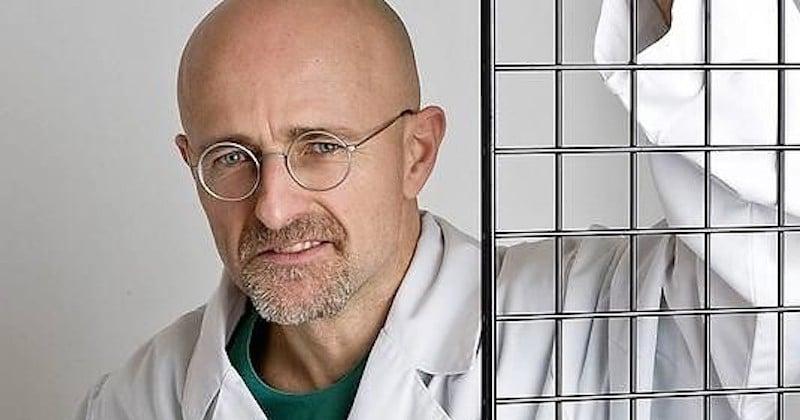 En attendant l'opération sur un être humain vivant, la première transplantation d'une tête humaine sur un cadavre a été un succès