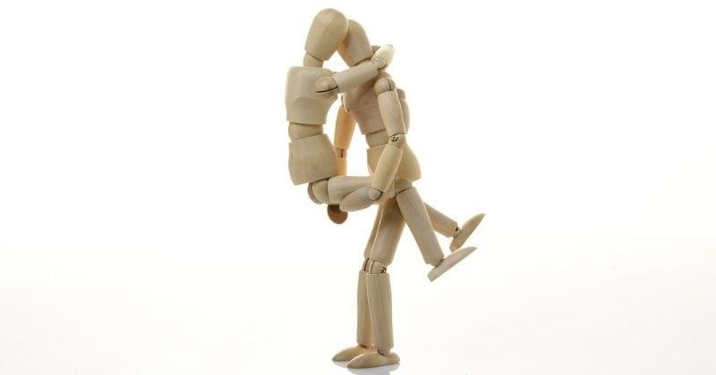 Faire l'amour debout : comment s'y prendre (sans trop galérer)