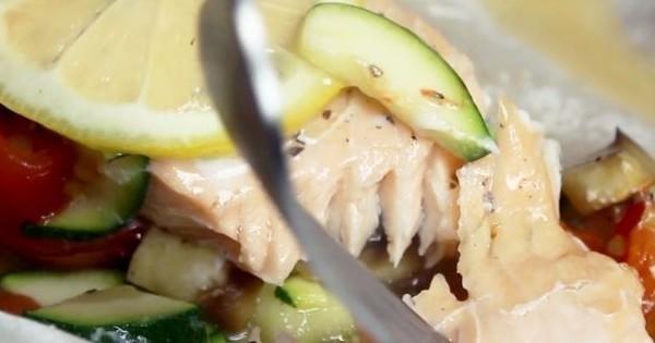 Le saumon en papillote, un dîner gourmand et diététique à essayer sans plus attendre !