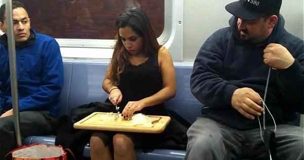 20 personnes complètement barrées qu'on a croisées une fois dans le métro