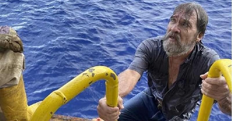 Porté disparu, un homme est retrouvé en vie accroché aux restes de son bateau après 24 heures