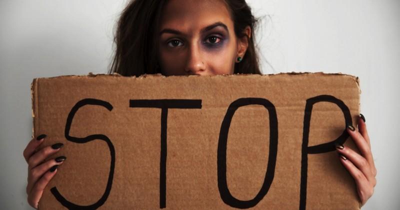 Violences faites aux femmes : 250 personnalités lancent un appel pour une marche le 24 novembre