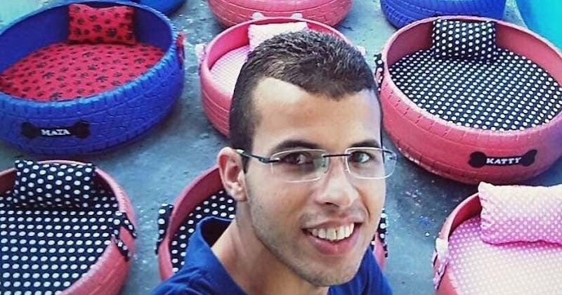 Il récupère des pneus usés afin de les transformer en paniers colorés pour les animaux de compagnie
