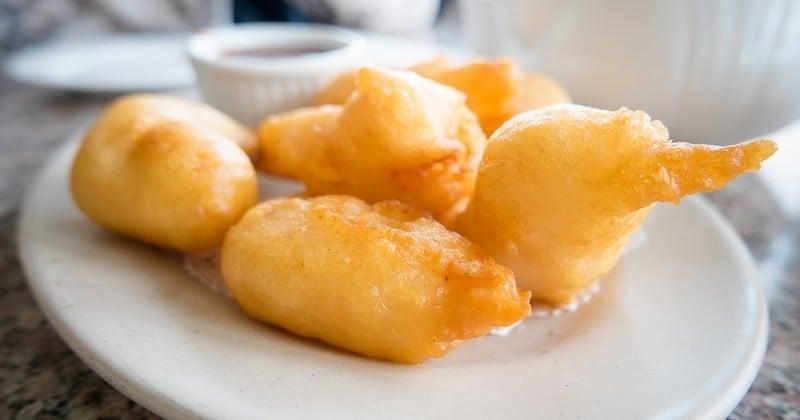 Évadez-vous avec les croquettes de crevettes au manioc à la brésilienne!