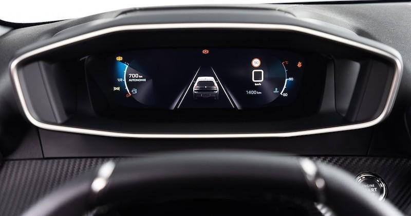 Le i-Cockpit 3D immersif, une innovation technologique automobile