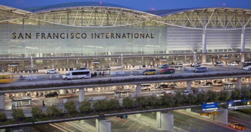 Désormais, les bouteilles d'eau en plastique sont interdites à l'aéroport de San Francisco !