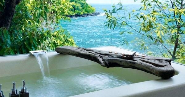 19 baignoires venues des quatre coins du monde, avec des vues à couper le souffle