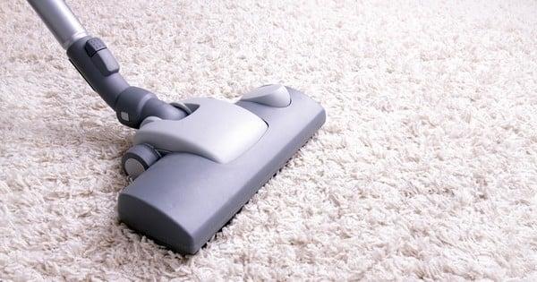 voici le d sodorisant naturel cologique et conomique pour votre tapis et vos linges de maison. Black Bedroom Furniture Sets. Home Design Ideas