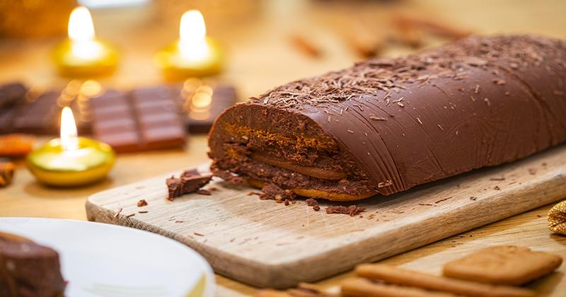 Régalez vos convives avec cette bûche au chocolat et aux speculoos