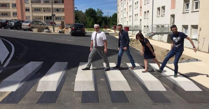 Depuis quelques jours, Limoges teste un passage piéton en 3D trompe-l'oeil pour maximiser la sécurité