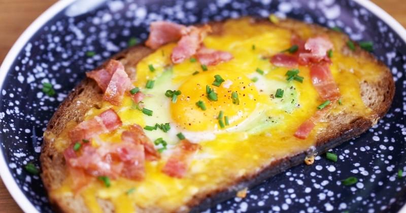 Laissez-vous tenter par l'avocado toast, simple à réaliser et tellement gourmand