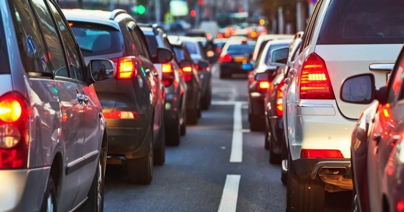 23 ONG appellent le gouvernement à « sortir les citoyens de leur dépendance au diesel et à l'essence»