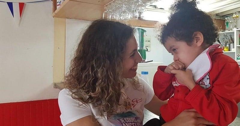 La mère d'une fillette handicapée, dont les couches n'étaient plus changées à l'école, a décidé de porter plainte pour maltraitance