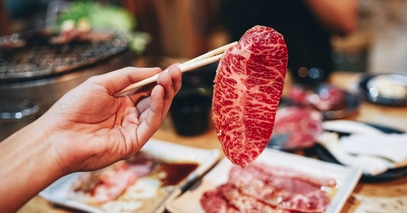 Pendant la pandémie, les élèves japonais ont droit à du boeuf de Kobe dans leur assiette à la cantine