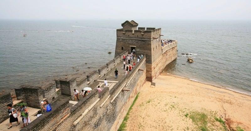 Découvrez l'endroit où la Grande Muraille de Chine se jette dans la mer