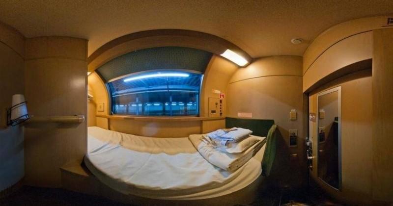 Entre grand luxe et calme absolu, l'intérieur des trains de nuit japonais vaut le détour !