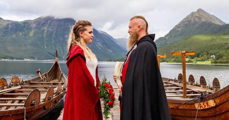 Un mariage viking célébré pour la première fois depuis 1000 ans en Norvège