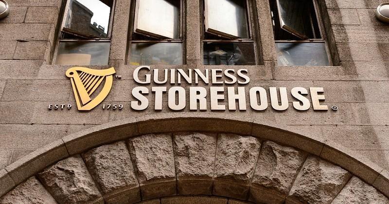 Airbnb vous invite à dormir à Dublin avec l'invité de votre choix, dans la mythique brasserie Guinness
