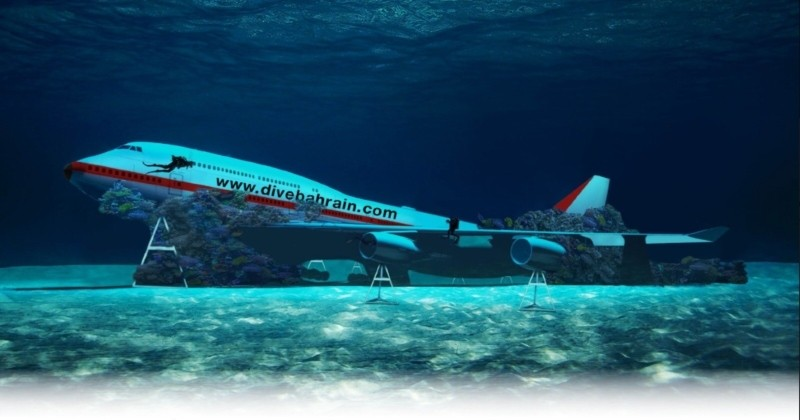 Le Bahreïn va couler un avion et en faire le plus grand parc à thème sous-marin pour plongeurs au monde !