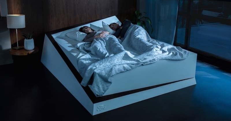Ce « lit intelligent » empêche à votre partenaire d'occuper votre espace pendant votre sommeil
