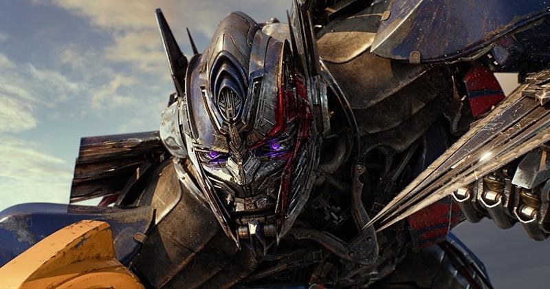 La dernière bande-annonce de « Transformers : The Last Knight »  est sortie... Rien ne vous aura préparé à ça !