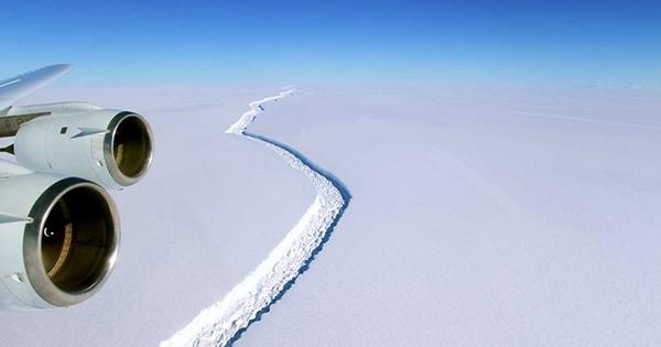 En Antarctique, une énorme fissure dans la glace, qui vient de s'agrandir de 17 kilomètres en quelques mois, inquiète beaucoup les scientifiques...