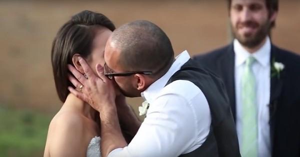 Ce couple a attendu le jour de son mariage pour honorer une promesse faite il y a 4 ans !