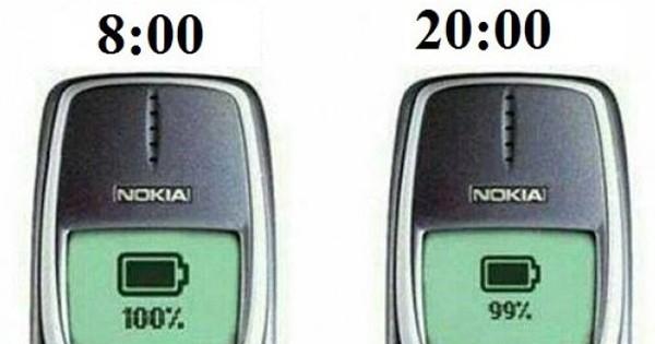 le nokia 3310 pourrait en apprendre beaucoup en efficacit aux smartphones d 39 aujourd 39 hui. Black Bedroom Furniture Sets. Home Design Ideas