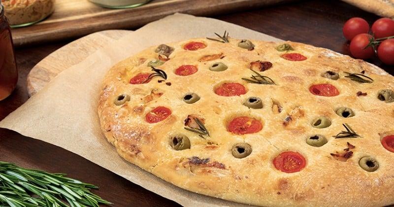 fougasse poulet tomates olives romarin