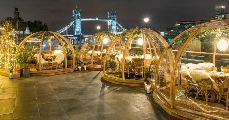Londres : des bulles chauffées pour manger dehors en plein hiver et profiter de la beauté de la ville