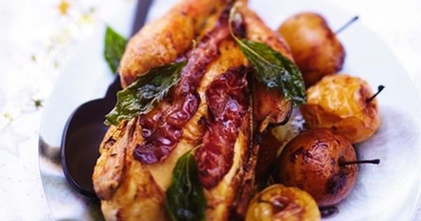 Le chapon aux pommes et aux marrons, parfait pour un repas de fête so chic !