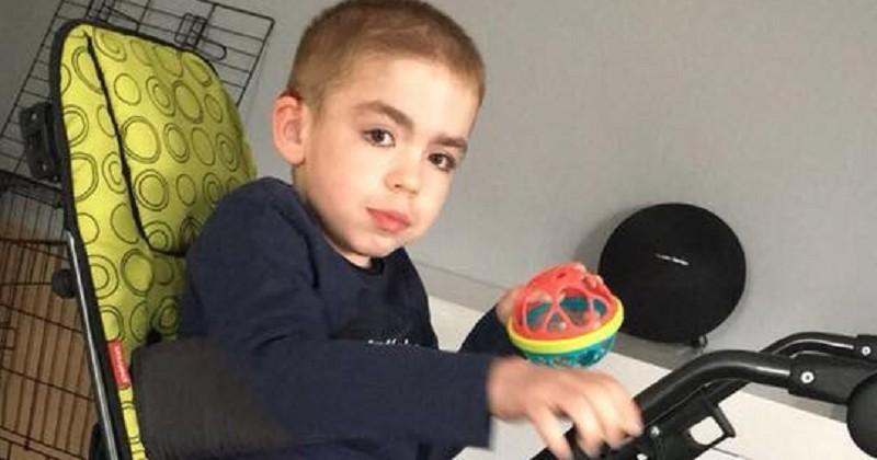 Une maman lance un appel pour récupérer le siège adapté de son fils handicapé qui a été dérobé