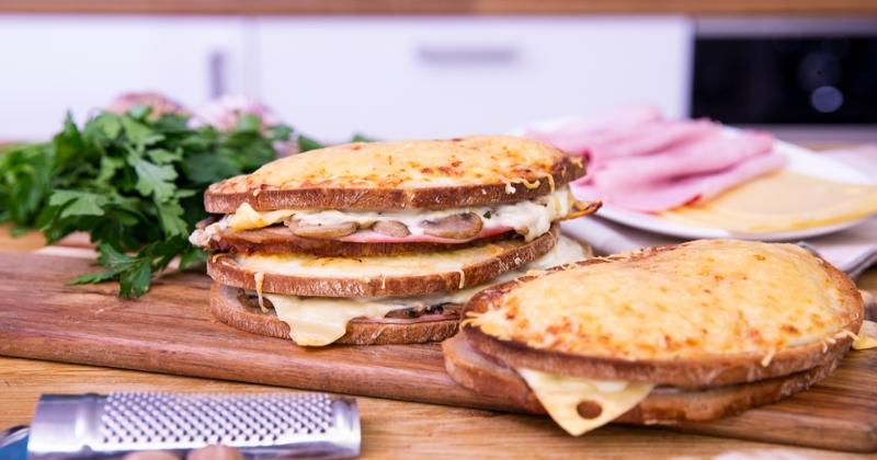 Croque façon brasserie béchamel champignons jambon