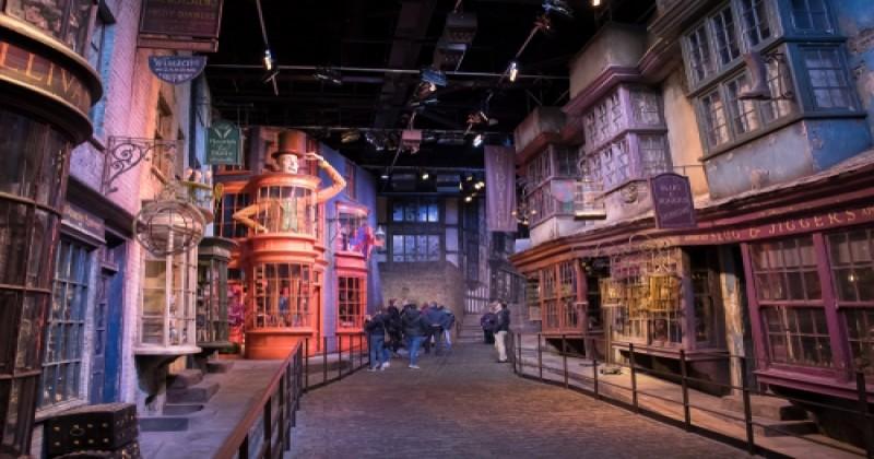 Un immense escape game, inspiré de l'univers d'Harry Potter, vient d'ouvrir ses portes près de Bordeaux