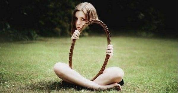 Ces superbes illusions d'optique sont le résultat de photos intelligemment cadrées... Vous reprendrez bien un peu de poésie ?