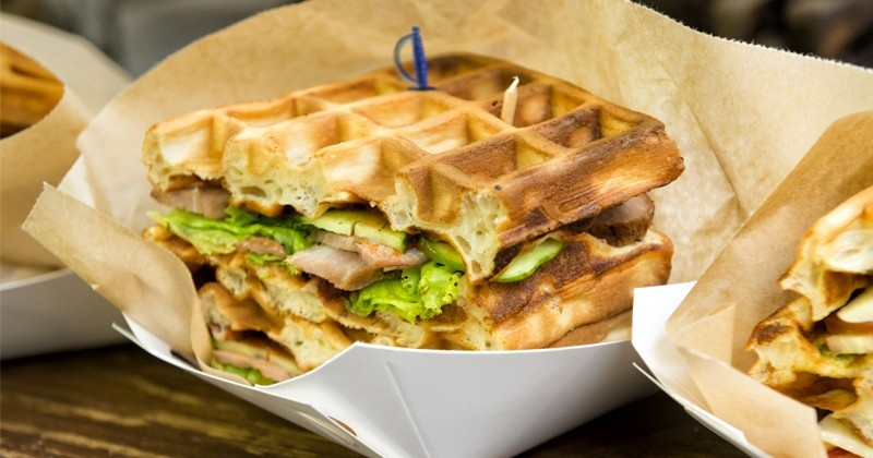 gaufre sandwich au bacon