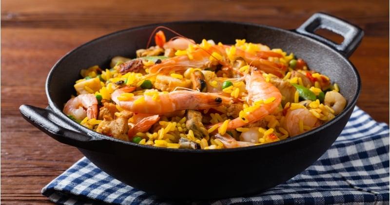 Vous allez adorer notre paella aux fruits de mer !
