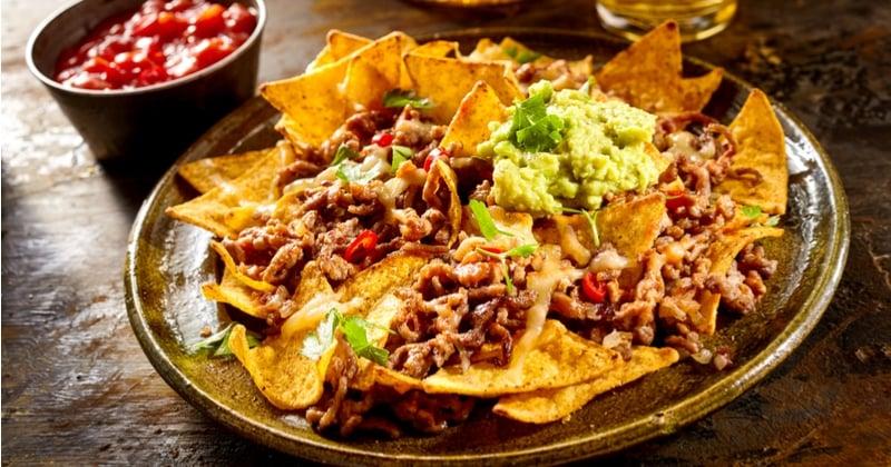 nachos bœuf guacamole cheddar fondu