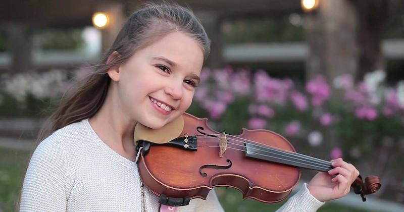 Karolina Protsenko, 10 ans, reprend « Girls Like You » de Maroon 5 au violon