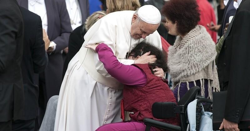 Le pape François compare l'IVG au recours d'un «tueur à gages»