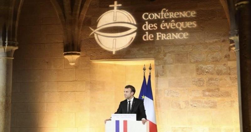 Lors d'une conférence inédite, Emmanuel Macron appelle l'Église catholique et l'État à « réparer le lien » aboli en 1905