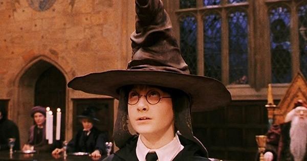 Harry Potter : Après Poudlard, JK Rowling vient de dévoiler en exclusivité la nouvelle école de sorciers qui se trouve aux États-Unis !