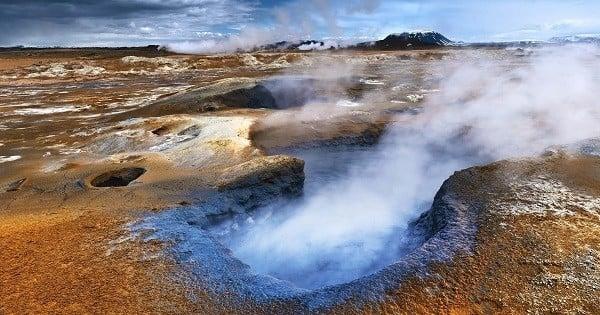 L'Islande a peut-être trouvé LA solution contre le réchauffement climatique en solidifiant le dioxyde de carbone ! Ingénieux...